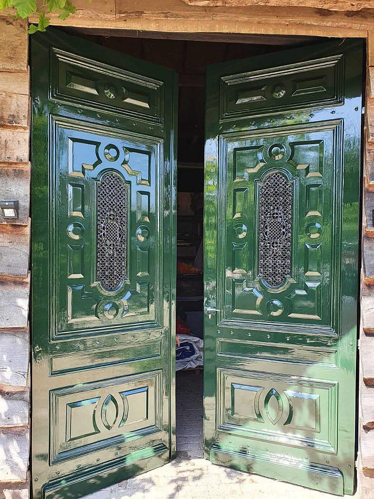 Antieke voordeuren schilderen